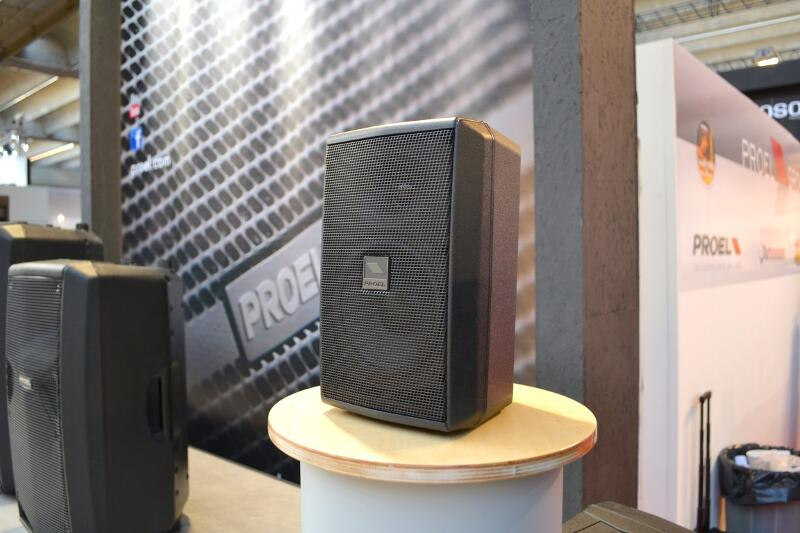 Sonorizari, sisteme conferinta,iluminat led ,echipamente aud